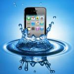 Айфон упал в воду – возможные последствия и способы их устранения