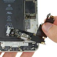 Замена нижнего шлейфа с разъемом зарядного устройства iPhone 7 Plus