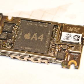 Замена звуковой микросхемы iPhone 4