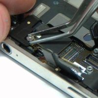 Замена звуковой микросхемы iPhone 5C