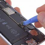 Apple запускает программу льготной замены аккумуляторов iPhone