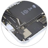 Замена микрофона iPhone 8 Plus